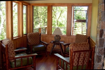 timbercreekretreathouse5sunroom